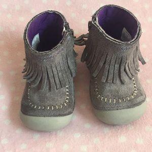 Stride rite grey suede fringe boot size 4